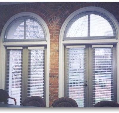 levolor riviera 1 in arch mini blind the home depot. Black Bedroom Furniture Sets. Home Design Ideas